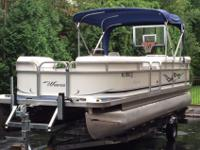 ,.,.Xtra Xtra Clean & Hardly used Pontoon Boat. It had