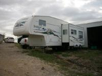Description Year: 2005 Up for sale is a super clean rv