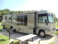 2005 Winnebago Adventurer 38J. This stunning