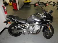 2005 Yamaha FZ6, Silver, Tires are in great shape,