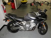 2005 Yamaha FZ-6, Silver, Stock,  Must see