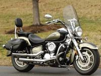 2005 Yamaha V-Star Classic (XVS11AWT. The beautiful