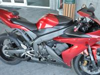 2005 Yamaha YZF-R1 Clean R1 with performance exhaust