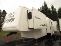 * 2005 37' KEYSTONE MANTANA RV MODEL M-3400 RL * 4