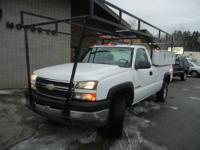 Nice long bed Chevy Silverado 2500 3/4 ton work truck