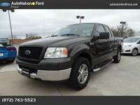 ONE OWNER CLEAN CAR FAX!!!!! 2005 Ford F150 - Supercab,