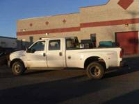 2005 Ford F350 XL Crew Cab Truck This 2005 Ford F350 XL
