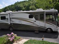 2005 Georgetown Day Artic, Length: 38, 3 Slides, 2 TVs,