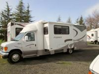 2005 Winnebago Aspect...17,200 miles...26ft with a