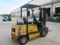 2005 Yale GLP060 6000lbs Outdoor Pneumatic Tire