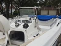 Bimini top center console v hull in great shape does