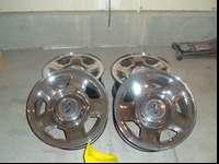 In good condition. 17' Chrome wheels, 6 lugs. If