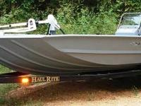 Type of Boat: Power Boat Year: 2006 Make: SEAARK Model: