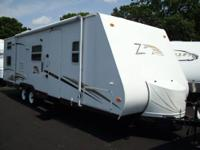 2006 291 Zepplon ZII Travel trailer slide out bunk beds