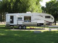 Selling our 2006 Outback 5th wheel. The unit is in