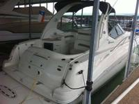 Type of Boat: Express Cruiser Year: 2006 Make: Sea Ray