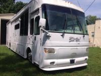 2006 motor home with Caterpillar 350 hp engine with