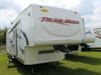 Year: 2006 Type: Used Class: Fifth Wheel Toyhauler