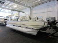 2006 AVALON 20 CC FNF WITH TRAILER INLCUDED! A 50 hp