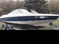 Bayliner 22' bowrider , 5.0 Merc 220 HP. With 2009 5