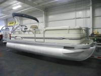 CLEAN 2006 BENNINGTON SEDONA L21 WITH ONLY 117 ENGINE