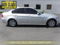 Bluetooth, Hands-Free, Sunroof, Keyless Entry, and