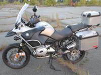 I am selling my 2006 BMW R1200 GSA. This is the first