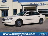 Exterior Color: white opal, Body: Sedan, Engine: Gas V6