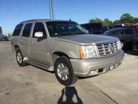 Cadillac Escalade Gold AWD Clean CARFAX. Priced below