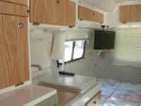 Year: 2006 Condition: Used 17' Casita Spirit Deluxe