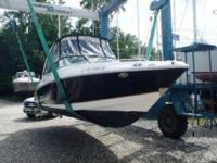 2006 Chaparral 256 SSI The Chaparral 256 SSI is a sleek