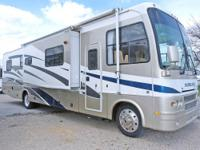 2006 32B 36' overall length Travel Trailer that sleep