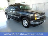 4WD, Black Assist Steps, CD player, Dual Power Seats,