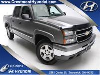 Z71! 4-WHEEL-DRIVE! TEAM CAB! Low Low Miles. VERY CLEAN