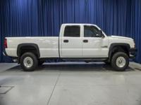 Clean Carfax One Owner 4x4 Lifted Diesel Truck with