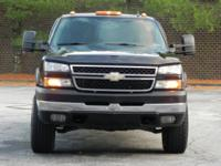 Year:  2006   Make:  Chevrolet  Model:  Silverado 2500