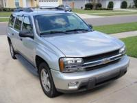 2006 silver Chevy Trailblazer excelent condition 3dr
