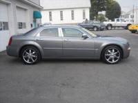 2006 Chrysler 300 C 4dr Sedan C Our Location is: