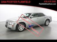 Options:  2006 Chrysler 300 Touring|Touring 4Dr