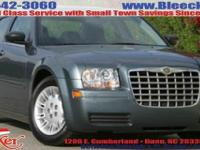 Boasts 27 Highway MPG and 19 City MPG! This Chrysler