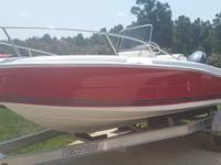2006 Clearwater 1900 Center Console fishing boat in