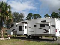 2006 Coachmen Paradise Pointe This 5th wheel is fully