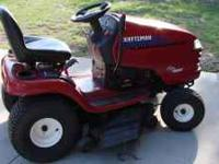Great running large lawn tractor, like new, new blades,
