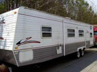 2006 Crossroads Zinger M30BH Travel Trailer. 9000.00