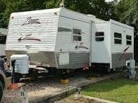 for sale 2006 Zinger Crossroads ZT30BH. Moving and need