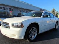 Very sharp and nicely optioned 2006 Dodge Charger with