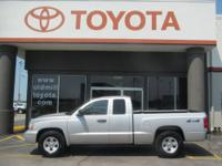4.7L V8 MPI HO, 4WD, CLEAN CARFAX, JUST TRADED, and