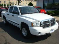 4X4 MOONROOF, POWER DRIVER SEAT, TOW PKG, BED LINER,