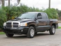 2006 DODGE DAKOTA QUAD CAB 4X4 SLT, AUTO, ICE COLD