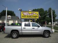 Super CLEAN! This is a very nice 2006 Dodge Dakota SLT